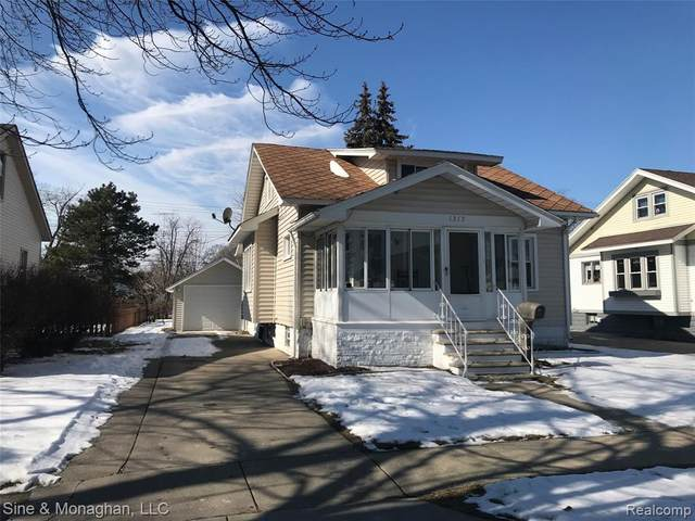 1317 16TH Street, Port Huron, MI 48060 (#2200012910) :: BestMichiganHouses.com