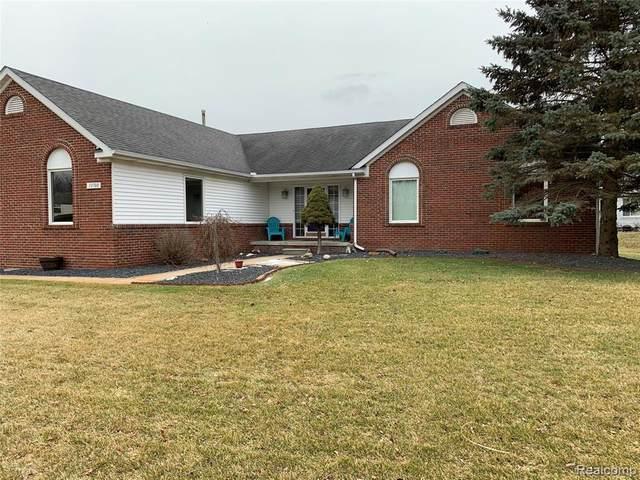 13708 Monarch Drive, Green Oak Twp, MI 48178 (#2200013032) :: The Buckley Jolley Real Estate Team