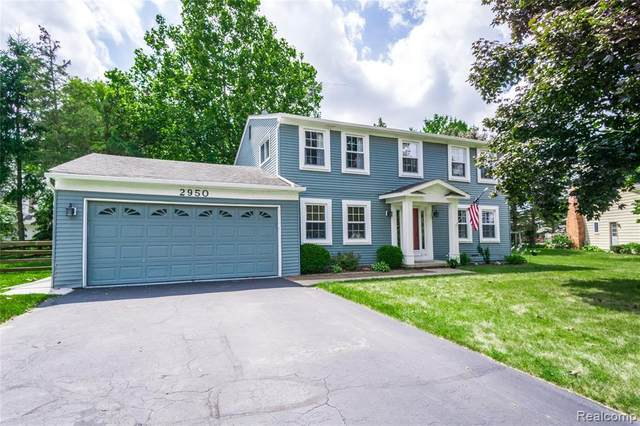 2950 Aldrin Court, Orion Twp, MI 48360 (MLS #2200013104) :: The John Wentworth Group