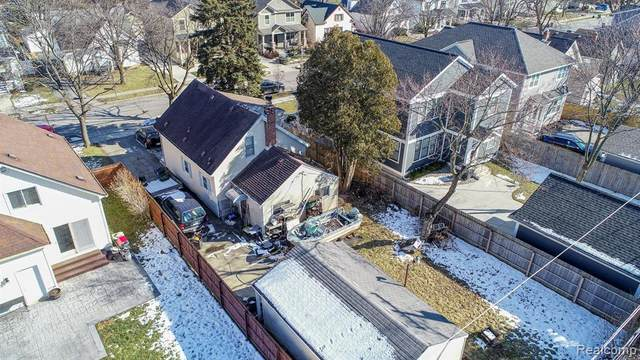 517 N Gainsborough Avenue, Royal Oak, MI 48067 (#2200013469) :: Alan Brown Group