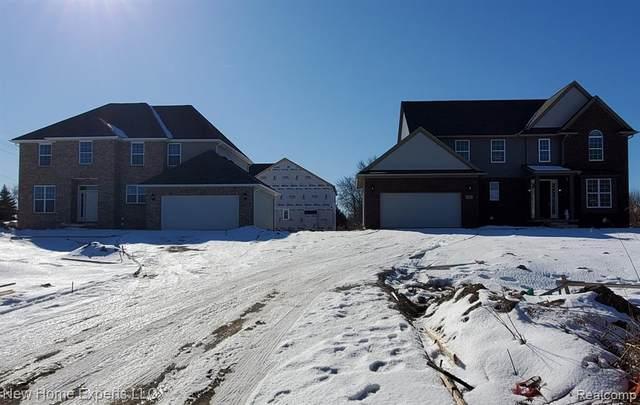 5767 Greer Road, West Bloomfield Twp, MI 48324 (#2200013533) :: The Buckley Jolley Real Estate Team