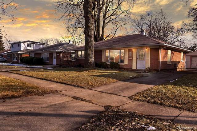 1230 E Brockton Avenue, Madison Heights, MI 48071 (#2200013688) :: Alan Brown Group