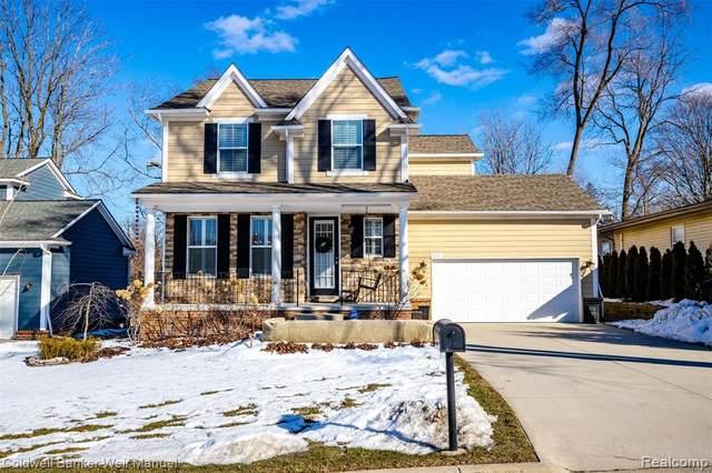 872 N Center Street, Northville, MI 48167 (#2200013748) :: Springview Realty
