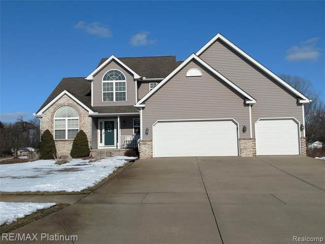 947 White Willow Court, Genoa Twp, MI 48843 (#2200013811) :: Springview Realty