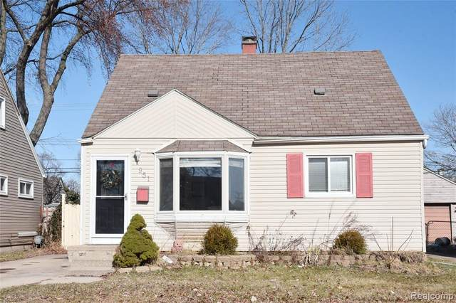 951 E Barrett Avenue, Madison Heights, MI 48071 (#2200013969) :: Alan Brown Group