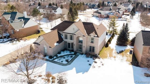3767 Deer Springs Drive, Oakland Twp, MI 48306 (#2200014000) :: The Buckley Jolley Real Estate Team