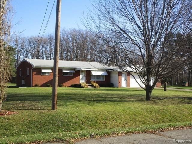 2425 Nerredia Street, Flint Twp, MI 48532 (#2200014101) :: RE/MAX Nexus