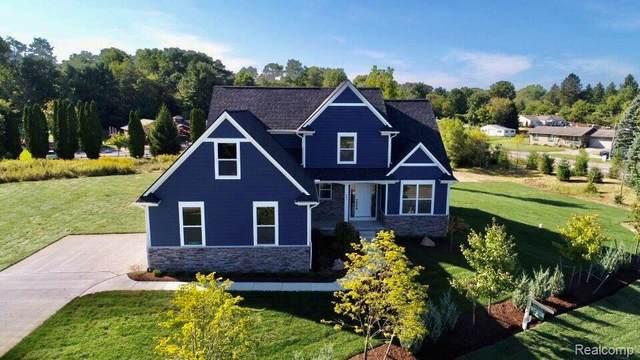 685 Braxwood Pl, Milford Twp, MI 48381 (#2200014165) :: The Buckley Jolley Real Estate Team