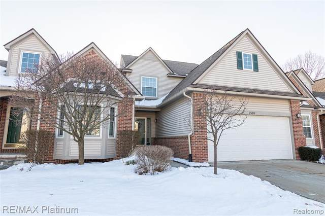 2510 Kerria Dr Dr #35, Howell, MI 48855 (#2200014179) :: The Buckley Jolley Real Estate Team