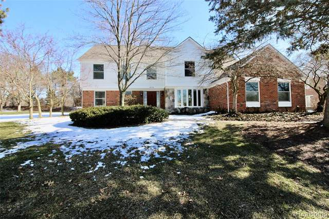 4874 Riverchase Drive, Troy, MI 48098 (#2200014260) :: The Buckley Jolley Real Estate Team