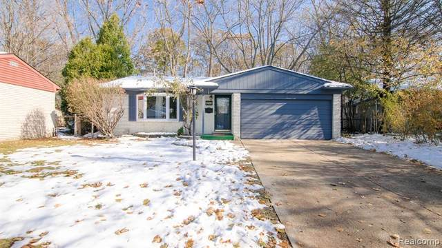 8108 Orhan Street, Canton Twp, MI 48187 (#2200014270) :: The Mulvihill Group