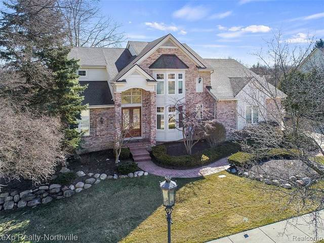 906 Mcdonald Drive, Northville, MI 48167 (#2200014524) :: The Buckley Jolley Real Estate Team