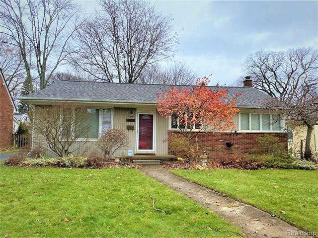 13122 Borgman Avenue, Huntington Woods, MI 48070 (#2200014603) :: RE/MAX Nexus