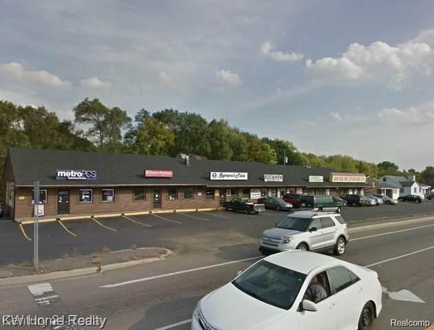 203 S Ford Boulevard, Ypsilanti Twp, MI 48198 (#2200014612) :: The Buckley Jolley Real Estate Team