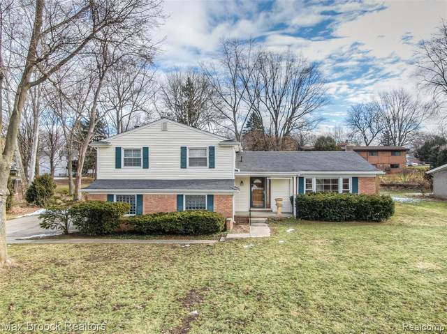 2719 Alveston Drive, Bloomfield Twp, MI 48304 (#2200014710) :: RE/MAX Nexus