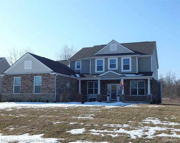 788 Birchwood Court, Oakland Twp, MI 48363 (#2200015130) :: Springview Realty