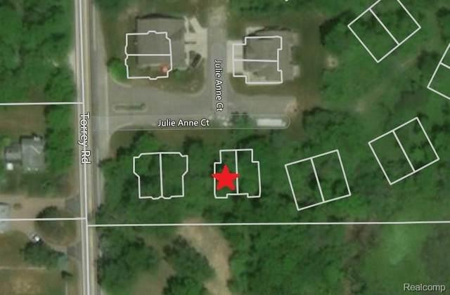2497 Buono Parkway, Fenton Twp, MI 48430 (#2200015319) :: The Merrie Johnson Team