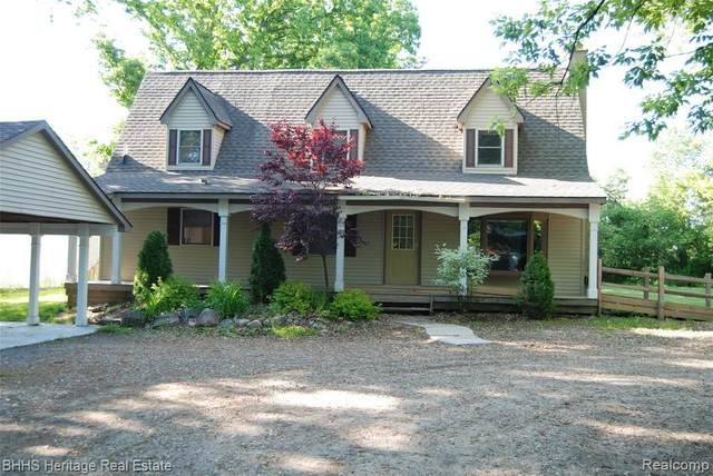 921 Rickett Road, Brighton, MI 48116 (#2200015632) :: GK Real Estate Team