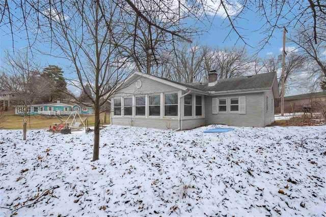 130 White Lake Dr, Cambridge, MI 49230 (#55202000523) :: GK Real Estate Team