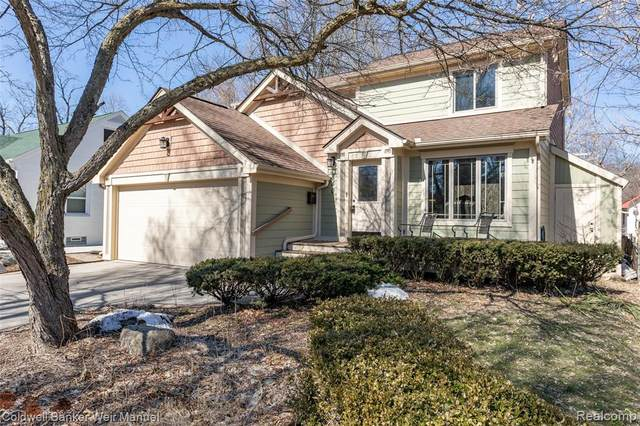 840 Spring Drive, Northville, MI 48167 (MLS #2200015731) :: The Toth Team