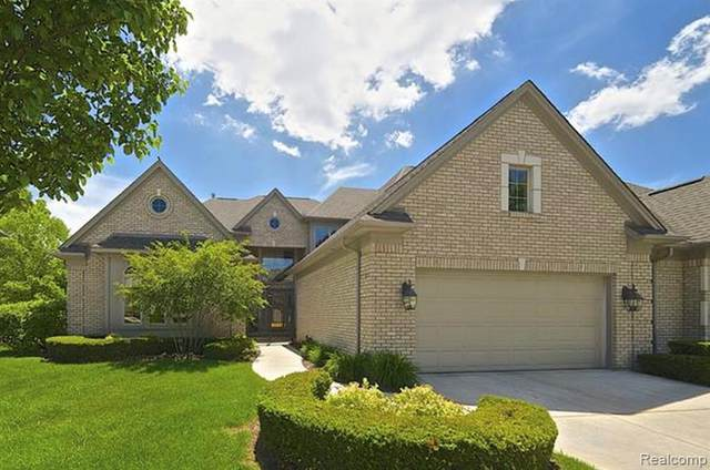 6416 Enclave Drive, Independence Twp, MI 48348 (#2200015814) :: The Alex Nugent Team | Real Estate One