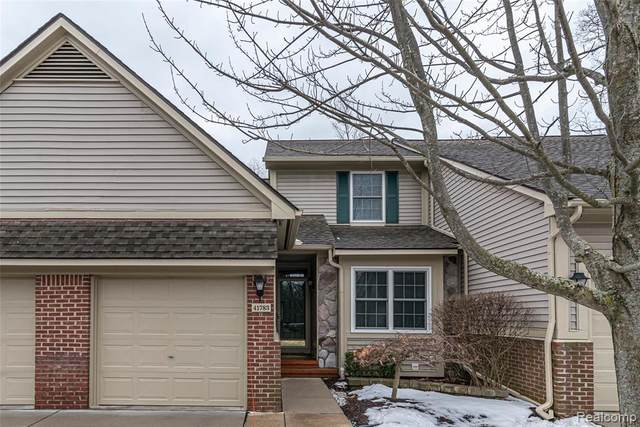 41783 Independence Drive, Novi, MI 48377 (#2200015988) :: GK Real Estate Team
