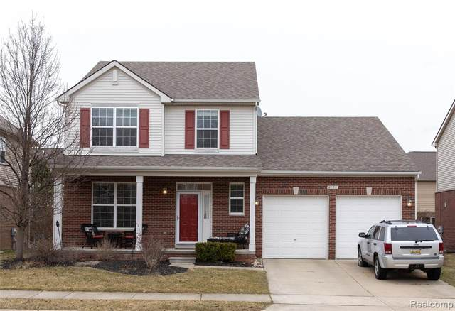 6155 Cheshire Park Drive, Independence Twp, MI 48346 (#2200016094) :: Team DeYonker