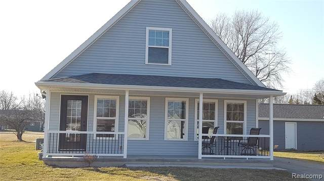 7684 Holiday Road, Worth Twp, MI 48450 (#2200016183) :: RE/MAX Nexus