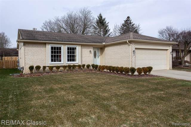 11403 Waverly Dr, Plymouth, MI 48170 (MLS #2200016197) :: The John Wentworth Group