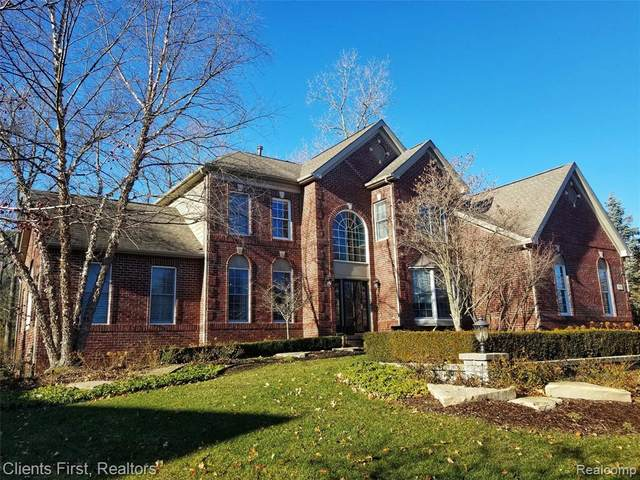 18839 Bayberry Way, Northville Twp, MI 48168 (MLS #2200016292) :: The John Wentworth Group