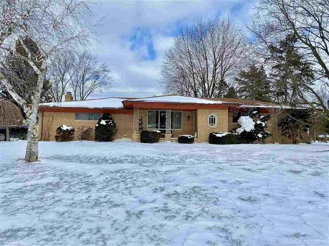 6115 Wilmington, Shelby Twp, MI 48316 (MLS #58050006849) :: The Toth Team