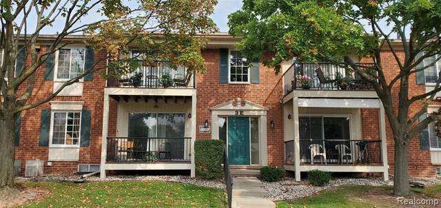 12007 Ina Drive, Sterling Heights, MI 48312 (MLS #2200016467) :: The John Wentworth Group