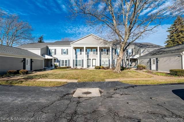 2626 Williamsburg Circle, Auburn Hills, MI 48326 (#2200017962) :: BestMichiganHouses.com