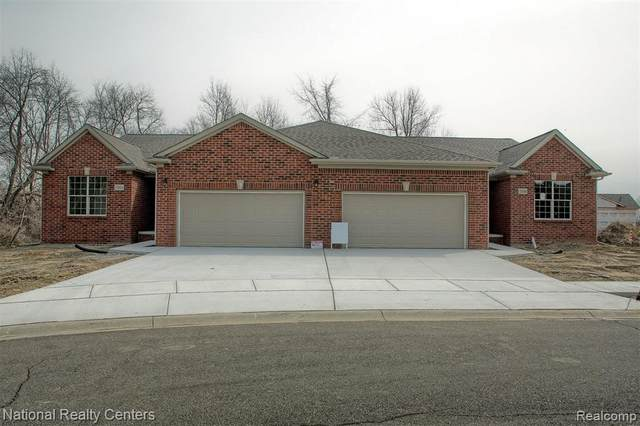 12211 Twin Brooks Circle, Bruce Twp, MI 48065 (#2200018583) :: BestMichiganHouses.com