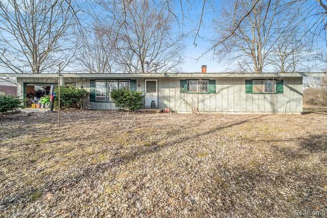 7925 Hough Road, Almont Twp, MI 48003 (#2200018964) :: The Mulvihill Group