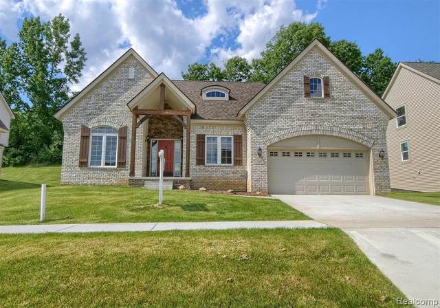 543 Napa Valley Drive, Milford Twp, MI 48381 (#2200019135) :: Springview Realty