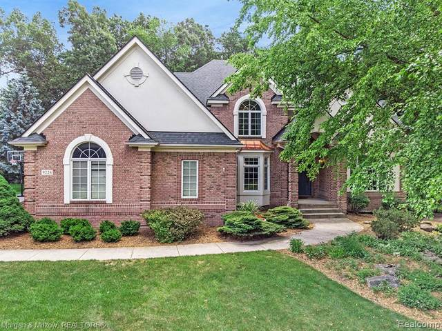 9226 E Morning Mist Drive, Independence Twp, MI 48348 (#2200019305) :: Springview Realty