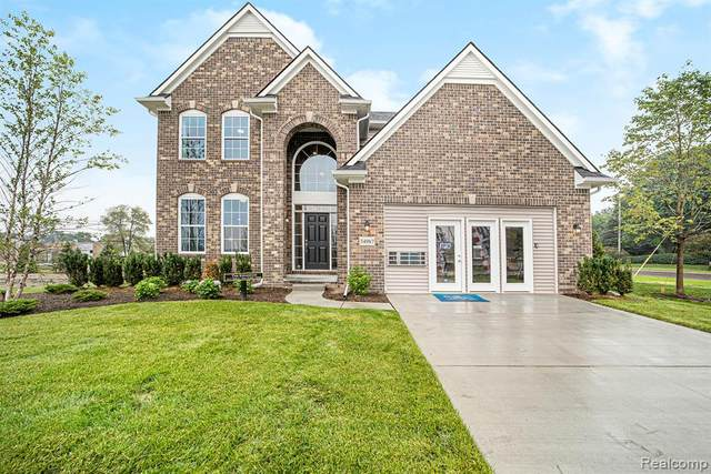 12223 Wellesley Drive, Sterling Heights, MI 48312 (#2200020188) :: The Mulvihill Group