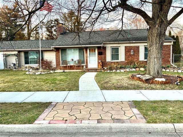 420 Esplanade Street, Mt. Clemens, MI 48043 (#2200021124) :: Springview Realty