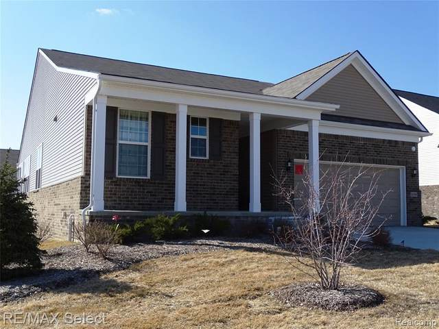 9288 Saint Andrews Drive, Grand Blanc Twp, MI 48439 (#2200021856) :: RE/MAX Nexus