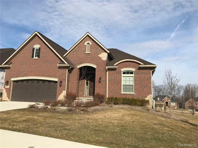 5505 Woodfall Road, Independence Twp, MI 48348 (#2200022235) :: Alan Brown Group