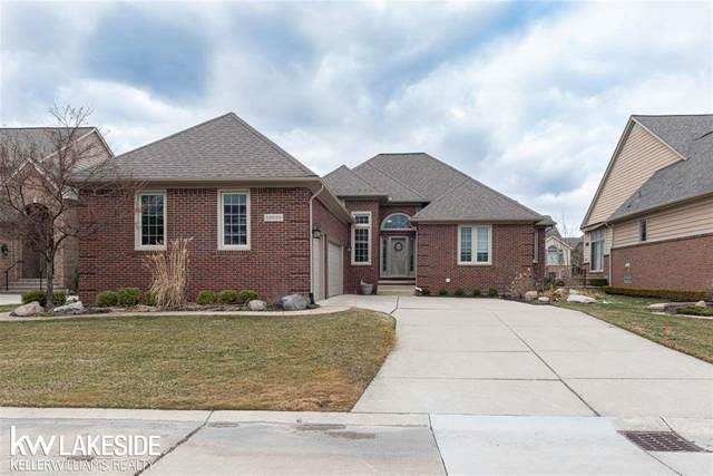 59699 Glacier Ridge South, Washington Twp, MI 48094 (#58050008591) :: Team DeYonker