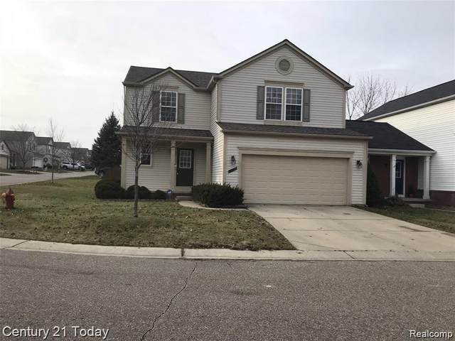 5121 Meadow Crest Circle, Grand Blanc Twp, MI 48442 (#2200022527) :: The Mulvihill Group