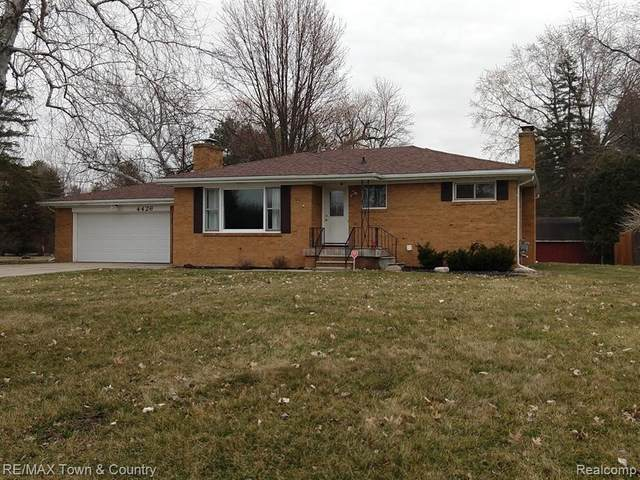 4426 N Elms Rd Road, Mt. Morris Twp, MI 48433 (#2200022548) :: The Merrie Johnson Team