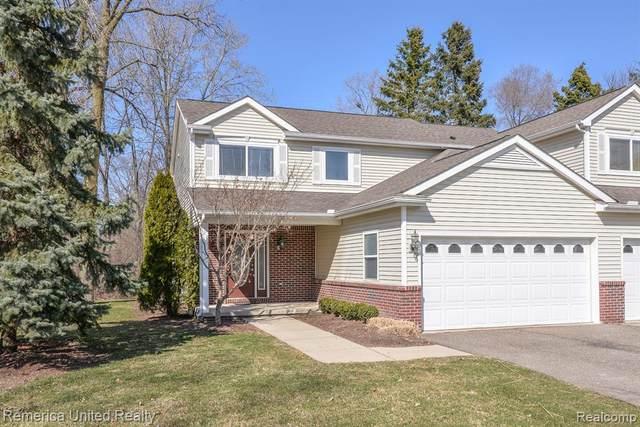 551 Indian Oaks Drive, Howell, MI 48843 (#2200022712) :: BestMichiganHouses.com