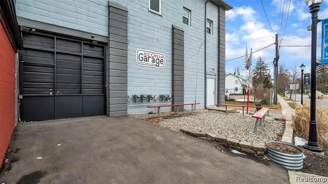 106 S Bridge St Street, Linden, MI 48451 (#2200022779) :: The Buckley Jolley Real Estate Team