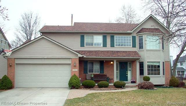 17359 Brookview Dr, Livonia, MI 48152 (#2200023051) :: Springview Realty