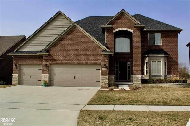 52853 Tacoma Narrows, Macomb Twp, MI 48042 (#58050008791) :: Alan Brown Group