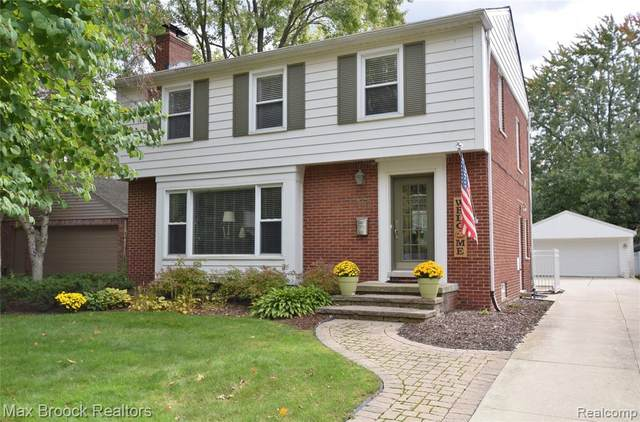 1075 Canterbury Street, Birmingham, MI 48009 (#2200023177) :: Alan Brown Group