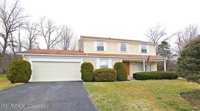 31272 Stonegate Court, Farmington Hills, MI 48331 (#2200023457) :: Springview Realty